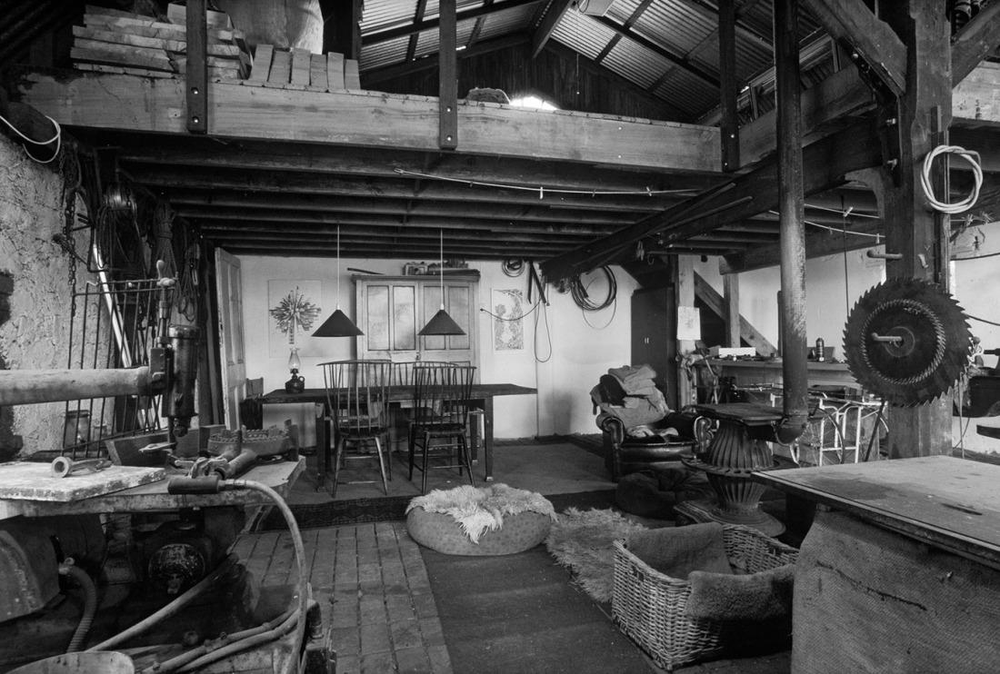 jetzt bestellen fototapete wohnen im bauerhaus s w livingwalls. Black Bedroom Furniture Sets. Home Design Ideas